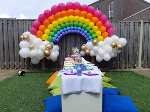 Louis Baerts - BalloonMagic - Decoratie Custom Made regenboog